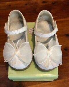 Teeny Toes Girl's White Bow Dress Shoes Size 4 150803 D33