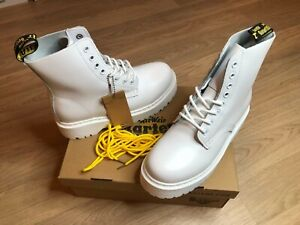 Dr. Martens Mono White Smooth Leather