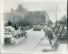 1941 World War II German Tanks in Streets of Belgrade Original Wirephoto