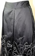 Coldwater Creek Lined Skirt XL Box Pleats Black White Floral Embroidered Sateen