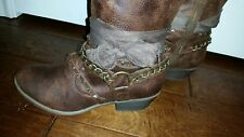 ladies boots size 9 1/2 worn once,fabric bow tie, zipper closure  Calf size 17