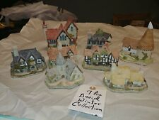 David Winter Cottages Lot of 9 Plus Collectors Book