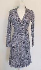 Diane von Furstenberg T72 Dotted Snake Small Black white 4 wrap dress Jeanne DVF