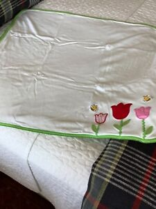 Gymboree girls blanket appliquéd embroidered flowers and bees reversible