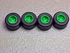 New Lego Bright Green Wheel 8mm x 9mm Black Tire 14mm x 9mm (x4) 74967/30028