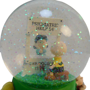 """Peanuts Snow Globe """"Doctor Is In"""" Windup Musical Charlie Brown Lucy Works"""