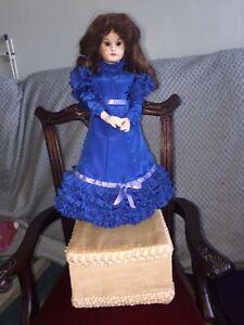 Automaton Musical Doll.