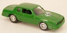 Johnny Lightning '84 Chevrolet Monte Carlo SS Green (1983-1988 Body Style)
