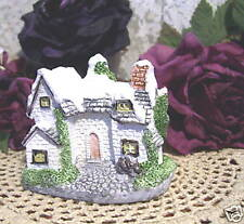 Winter Cottage Figurine 1987 Village Houses Museum Collections