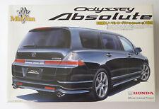 RB1 (2006)  Mini Van Honda Odyssey Absolute 1:24 Aoshima Bausatz ( 19135 )