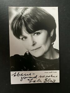 ISLA BLAIR - POPULAR BRITISH ACTRESS - DR WHO - EXCELLENT SIGNED PHOTO