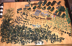 Vintage Lot Plastic Army Men Figures, Marx & others WWII ERA, Rare Items, USA