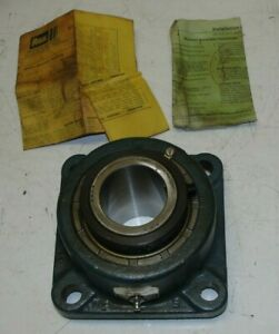 """Rexnord ZF5200 2"""" Double Set Flange Block 4-Bolt Bearing Self Aligning"""