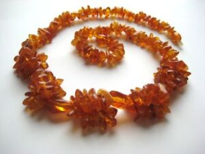 CHARMING REAL BALTIC AMBER NECKLACE