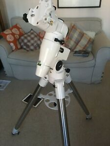Skywatcher EQ5 Deluxe Equatorial Mount with RA Motor in excellent condition