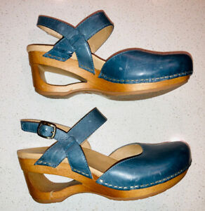 Dansko Taci Closed Toe Leather Sandal Denim Waxy Calf Euro Size 37