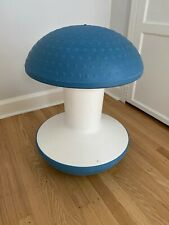 Ballo - Multipurpose Office Stool by Humanscale - Blue