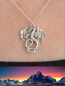 Lord of the Rings Dragon Smaug Necklace Silver Plated Chain Middle-earth Ringer