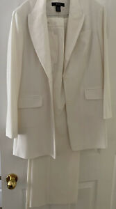 Body By Victoria Suit Suit Like New. Size 16. Never Worn