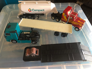 Volvo FH12 420 trackor unit scale 1:50 = trailers + other tractor unit