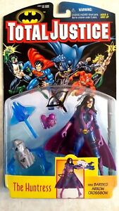 DC Total Justice The Huntress Figure Barded Arrow Crossbow 1996 Kenner New