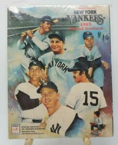 1985 New York Yankees MLB Baseball Official Yearbook Clean