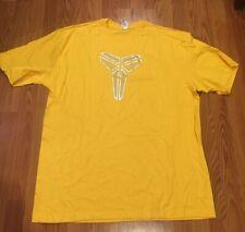 New Nike Kobe Bryant Mamba Logo Shield Dri-Fit T-shirt Size XXL Yellow Silver