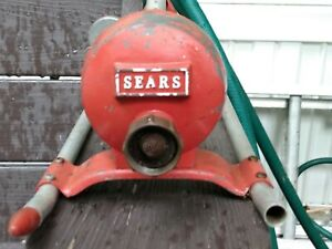VINTAGE SEARS DE79271 ADJUSTABLE LAWN SPRINKLER CAST ALUMINUM AND TUBING
