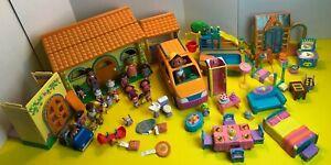 VINTAGE RARE Dora The Explorer Talking House, Figures & Furniture (65 Piece Set)