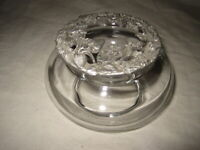 Crabtree & Evelyn Gl,ass Potpourri Jar with Pewter Lid 1993 Strawberry Design
