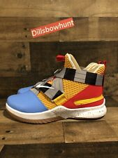 wholesale dealer a185d d10e9 New Nike LeBron Soldier XII 12 FlyEase SIZE 10 4E Wide Toy Story Woody Ed  700