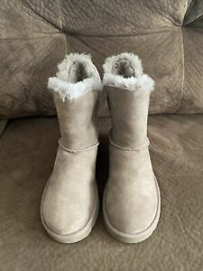 UGG CONSTANTINE WOMEN'S GREY SUEDE SHEEPSKIN BOOT SIZE 7
