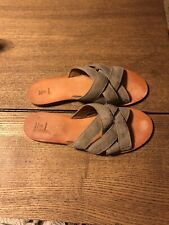 Frye Carla criss cross womens sandals sz 8