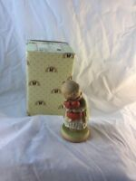 """""""WE ALL LOVES A CUDDLE"""" 1991 Memories of Yesterday Figurine #524832"""