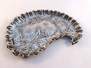 "Figural Cupids European Sterling Silver Fancy Scallop Dresser Tray 4 1/2"" x 3"""