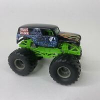 Hot Wheels Monster Jam Grave Digger Bad to the Bone 1:64 Scale Vehicle