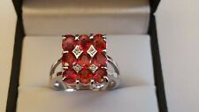 Beautiful 9ct White Gold Red Topaz & Diamond Unique Curved Design Ring