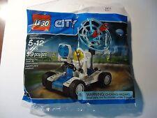 LEGO SPACE UTILITY VEHICLE 30315 rover astronaut minifigure new sealed Legoland