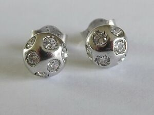 GORGEOUS 1/4 CARAT DIAMOND EARRINGS IN SOLID WHITE GOLD