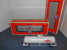 Lionel #17970/27141 Dow Chemical Set - Tank and Hopper