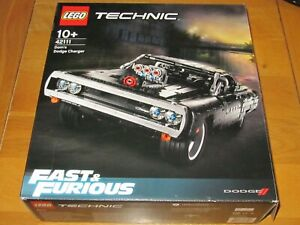 LEGO TECHNIC No.42111 - FAST & FURIOUS Dom's Dodge Charger Racing Car Model