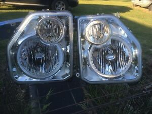08 09 10 11 12 JEEP LIBERTY Headlamp Assembly Left Right