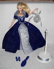 #7062 New Displayed Mattel Happy Holiday's 2000 Millenium Princess Barbie