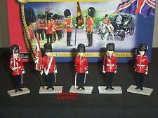 BRITAINS 40114 GRENADIER GUARDS COLOUR PARTY METAL TOY SOLDIER FIGURE SET