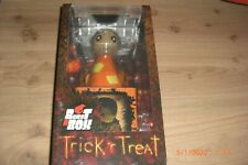 Trick R Treat Sam Burst-A-Box Springteufel Spieluhr 36 cm MezcoToys