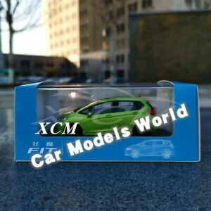 Diecast Car Model Fit 1:40 (Green) + GIFT!!!!!!