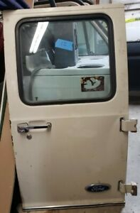 FORD ECONOLINE REAR BACK DOOR W/WINDOW VAN 75-91 USED 86 & HINGES