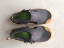 boys' size 11-12 Op gray & orange water shoes