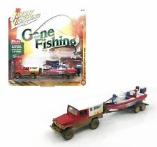 Johnny Lightning 1:64 Gone Fishing 2017 1980 Toyota Land Cruiser Boat & Trailer