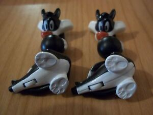 DC231 Tweety And Sylvester Variant Paw White + Bpz Kinder Joy Italy 2012